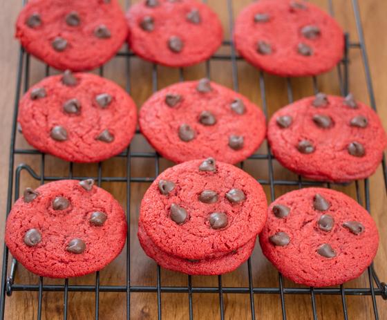 chewy-red-velvet-cookies