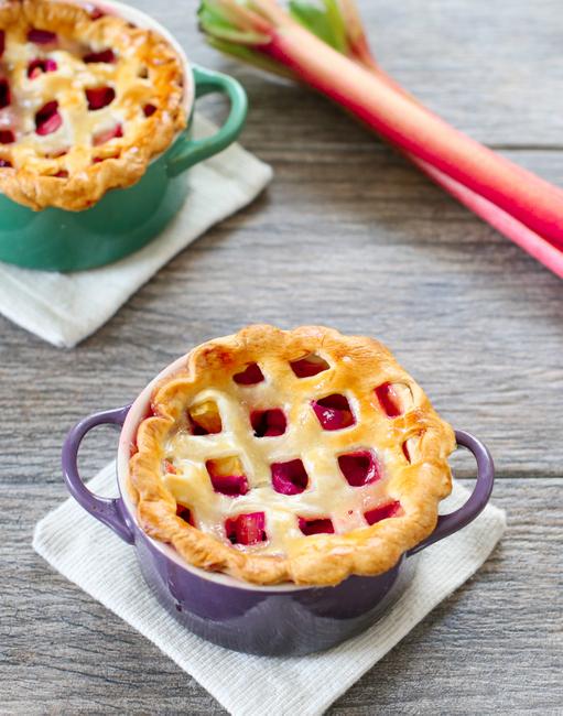 strawberry-rhubarb-pie-12